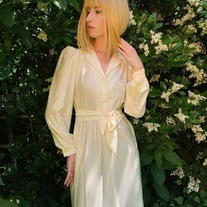 Dresses & Skirts - Cream vintage dress